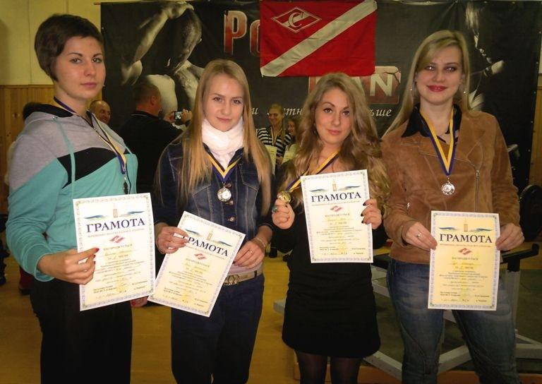 Збірна БДМУ з пауерліфтингу серед переможців області