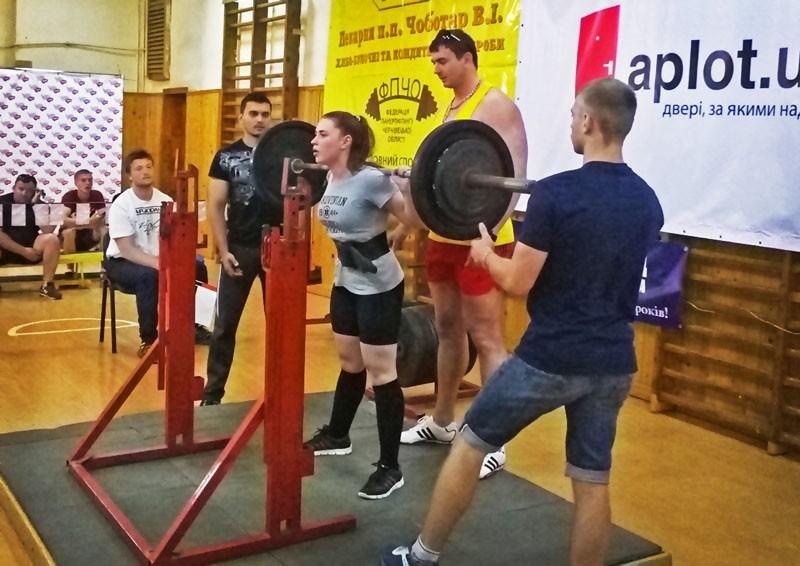 У БДМУ пройшов чемпіонат області з пауерліфтингу