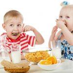 Формування харчових навичок та їх розлади у дітей