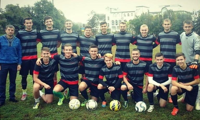 Збірна по футболу БДМУ в трійці лідерів Обласних змагань