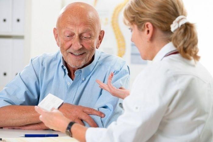 Особливості перебігу червоного плоского лишаю у людей похилого віку
