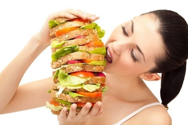 Чим небезпечне переїдання