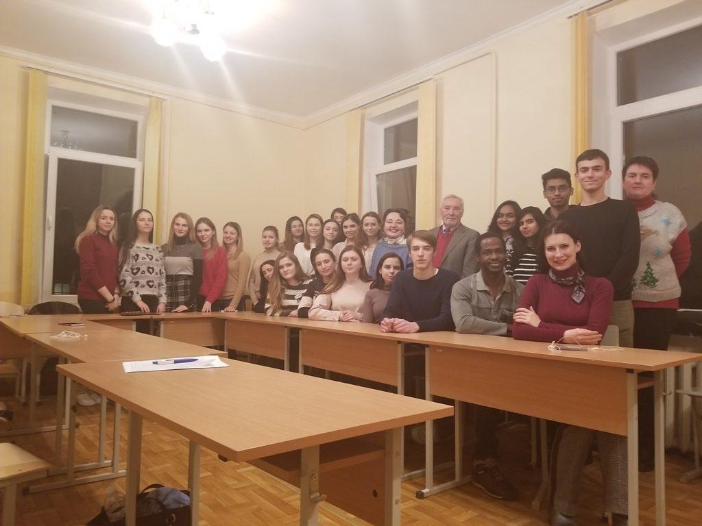 English Speaking Club підводить підсумки 2018 року