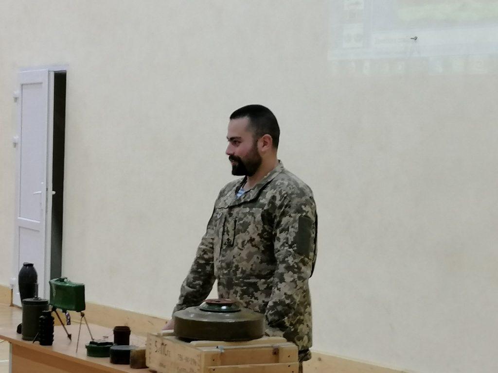 Про безпеку поводження з вибуховими пристроями розповіли студентам БДМУ