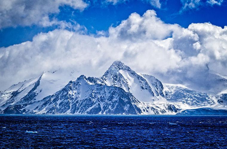 Що від нас приховує холодний континент?