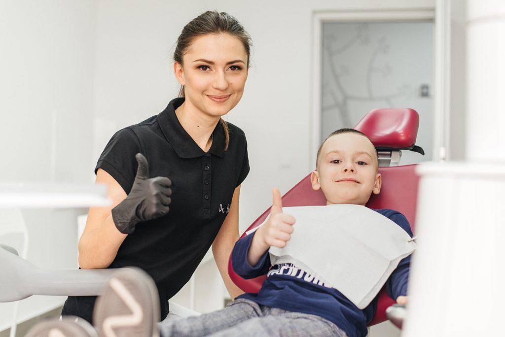 Чи є карієс у дітей лікарів-стоматологів? Секрети по догляду за ротовою порожниною.