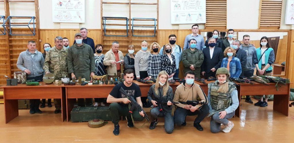 У БДМУ проведено виставку стрілецької зброї та засобів індивідуального медичного забезпечення