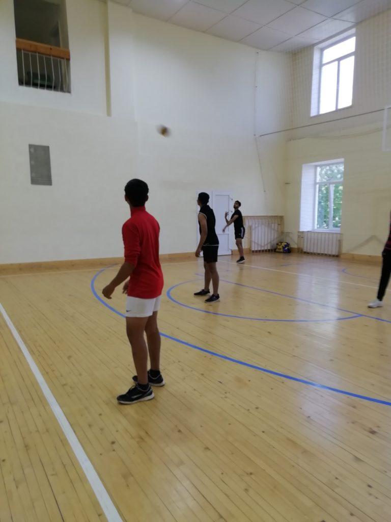 В БДМУ пройшов волейбольний турнір з нагоди Дня медичного працівника